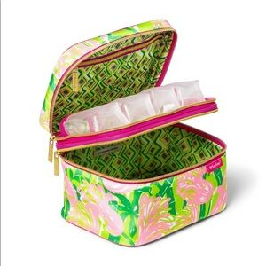 Lilly Pulitzer for Target Bags - Lilly Pulitzer make up train case NWT